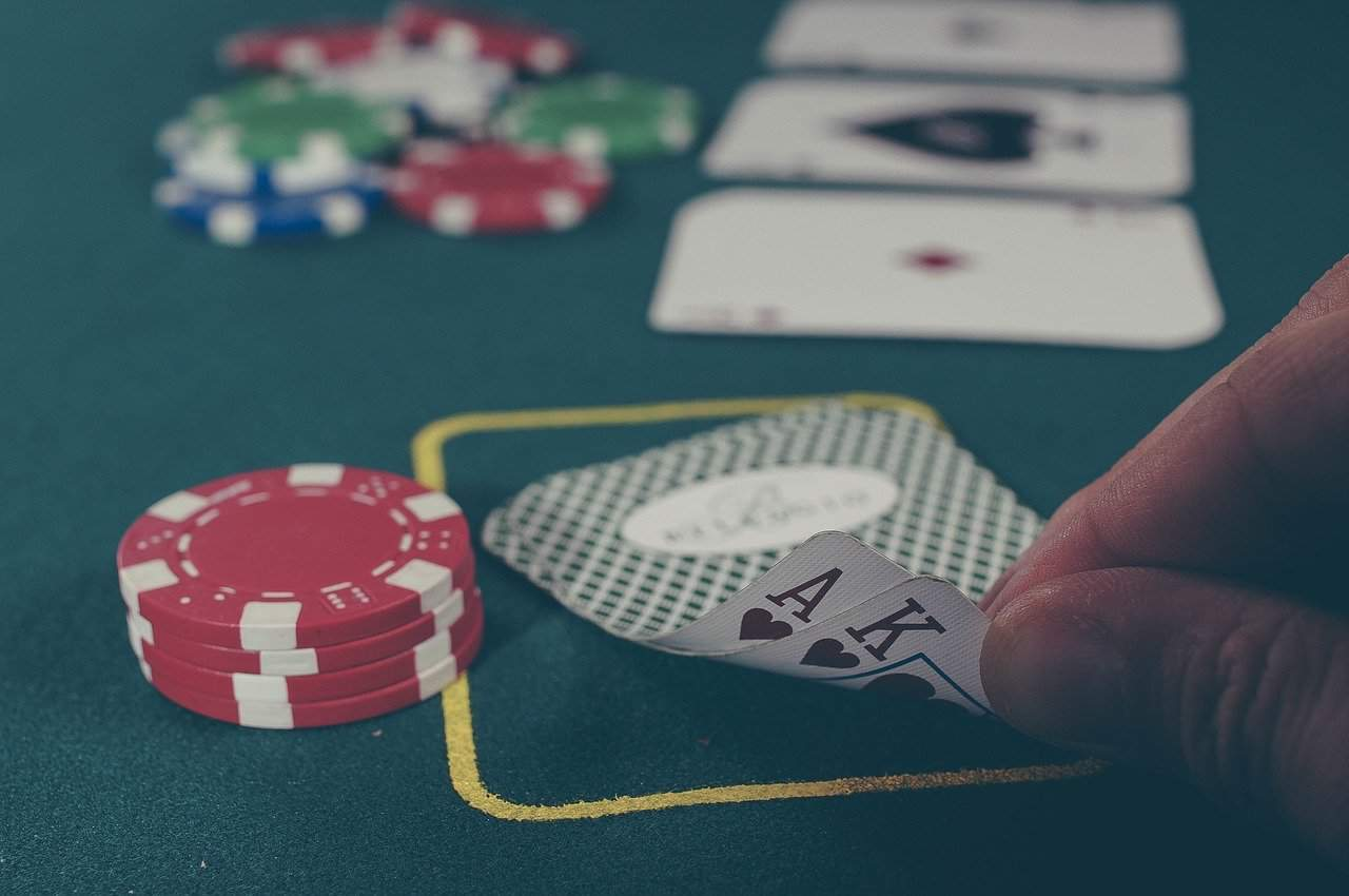 Playing Poker - What to Know Before Joining a Casino Poker Table